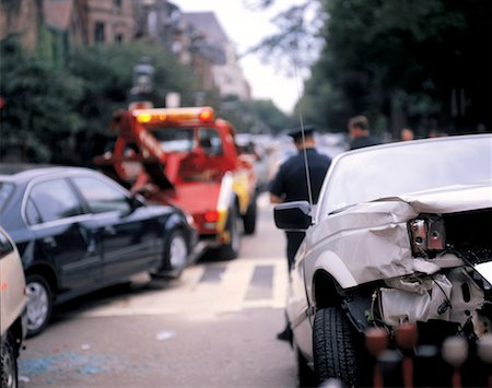 view from behind of the smashed rear of a car Stock Photo - Premium Royalty-Free, Code: 618-00501678