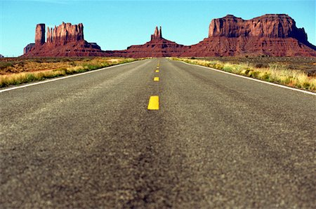 road landscape - USA, Utah, Road leading to Monument Valley National Park Stock Photo - Premium Royalty-Free, Code: 618-01052309
