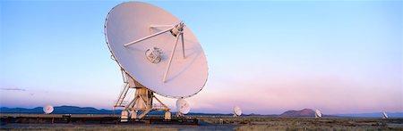 radio telescope - National Radio Astronomy Observatory Stock Photo - Premium Royalty-Free, Code: 618-01410802
