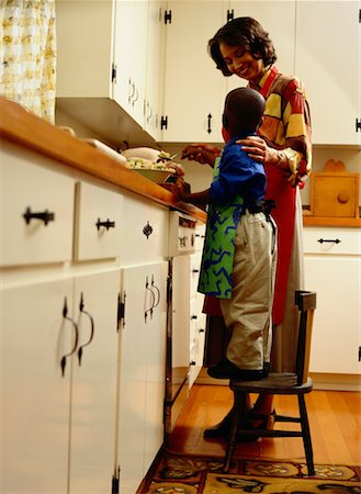 Mother and Son Cooking in the Kitchen Stock Photo - Premium Royalty-Free, Code: 618-01411399