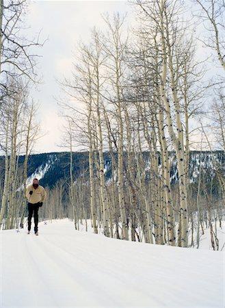 Man Cross-Country Skiing Stock Photo - Premium Royalty-Free, Code: 618-01411615