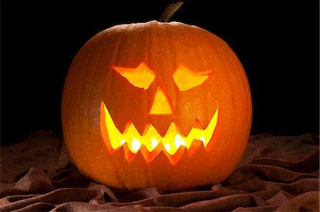 Halloween pumpkin Stock Photo - Premium Royalty-Free, Code: 618-03609894