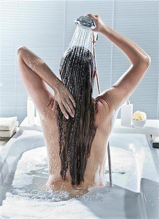Woman in bath Stock Photo - Premium Royalty-Free, Code: 618-03633074