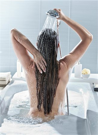 Woman in bath Stock Photo - Premium Royalty-Free, Code: 618-03633074