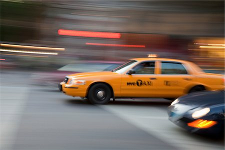 A New York City taxi in motion Stock Photo - Premium Royalty-Free, Code: 618-03757713