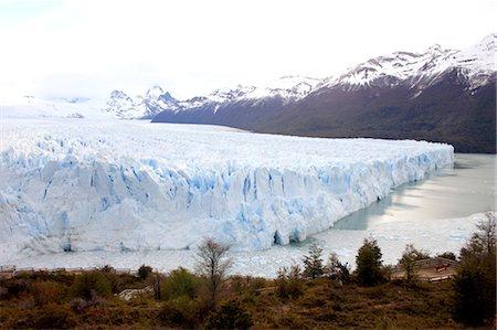 perito moreno glacier - Argentina, Satan Cruz province, Los Glaciares national park, Perito Moreno glacier Stock Photo - Premium Royalty-Free, Code: 610-05841048