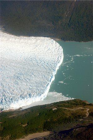 perito moreno glacier - Argentina, Satan Cruz province, Los Glaciares national park, Perito Moreno glacier Stock Photo - Premium Royalty-Free, Code: 610-05841149