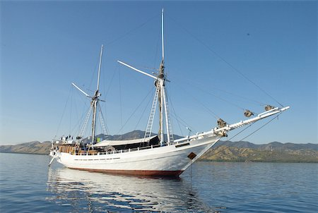 flores - Indonesia, Flores, near Riung, Pulau Tujuhbelas archipelago, leisure boat Stock Photo - Premium Royalty-Free, Code: 610-01577368