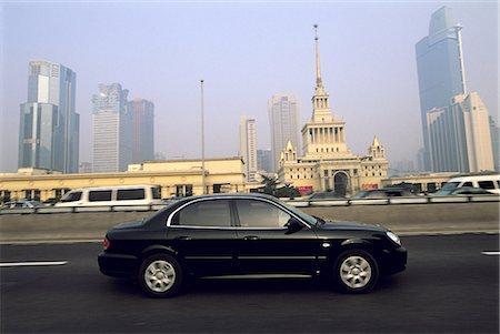 road landscape - China, Shanghai, trafic on urban freeway Stock Photo - Premium Royalty-Free, Code: 610-02000771