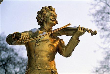 Austria, Vienna, Stadtpark, Johann Strauss monument, detail Stock Photo - Premium Royalty-Free, Code: 610-02373754