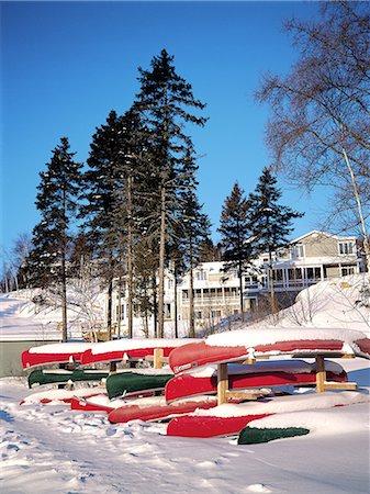 Canada, Quebec, Matawinie Lake, canoes Stock Photo - Premium Royalty-Free, Code: 610-02373793