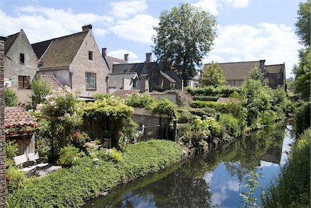 Belgium, Bruges, canal Stock Photo - Premium Royalty-Free, Code: 610-03809182