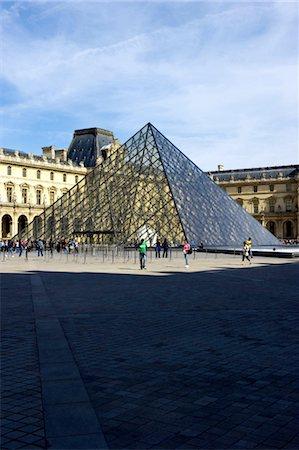 France, Paris (75), Ile de France, the Louvre Stock Photo - Premium Royalty-Free, Code: 610-03810062