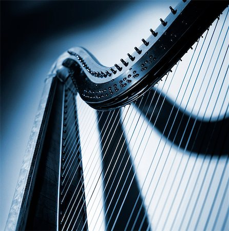 A part of a harp, close-up. Stock Photo - Premium Royalty-Free, Code: 6102-03748485
