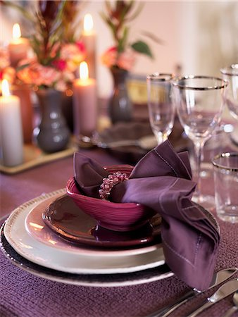 setting kitchen table - Place setting at dining table Stock Photo - Premium Royalty-Free, Code: 6102-03905877