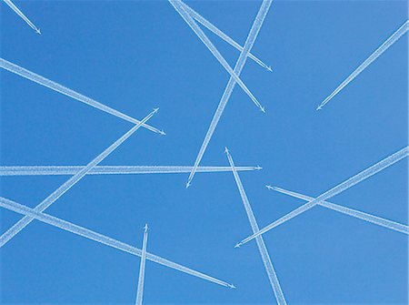 flying - Airplanes against blue sky, directly below Stock Photo - Premium Royalty-Free, Code: 6102-05655447