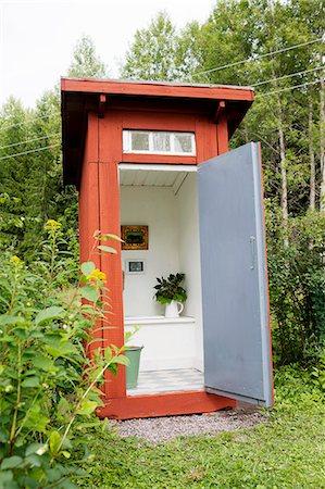 Open outhouse Stock Photo - Premium Royalty-Free, Code: 6102-07158182