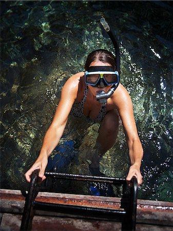 Diving woman, Thailand Stock Photo - Premium Royalty-Free, Code: 6102-07602791