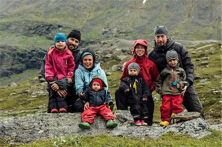 Parents with children posing, Kebnekaise, Lapland, Sweden Stock Photo - Premium Royalty-Free, Code: 6102-07602891