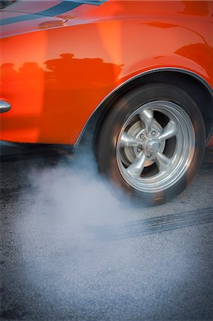 Skidding tire Stock Photo - Premium Royalty-Free, Code: 6102-07602811