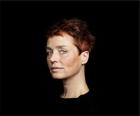 Portrait of a woman Stock Photo - Premium Royalty-Free, Code: 6102-07768349