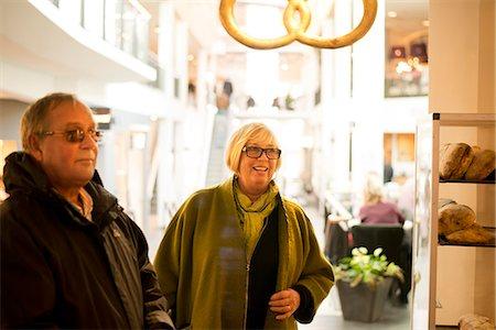 day - Senior couple in cafe Stock Photo - Premium Royalty-Free, Code: 6102-07844141