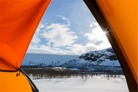 Winter landscape seen through tent entrance Stock Photo - Premium Royalty-Free, Code: 6102-08000550