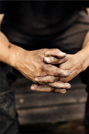 dirty - Close-up of mans hands Stock Photo - Premium Royalty-Free, Code: 6102-08000651