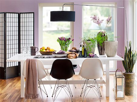 setting kitchen table - Modern dining room Stock Photo - Premium Royalty-Free, Code: 6102-08000966