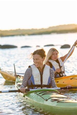 europe - Mother with daughter kayaking Stock Photo - Premium Royalty-Free, Code: 6102-08000900