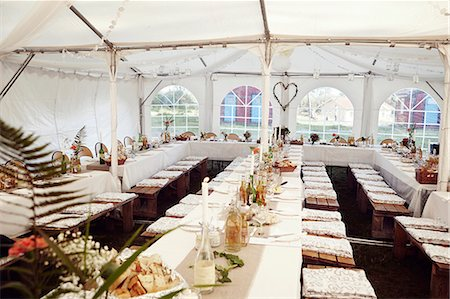 Wedding reception in tent Stock Photo - Premium Royalty-Free, Code: 6102-08001087