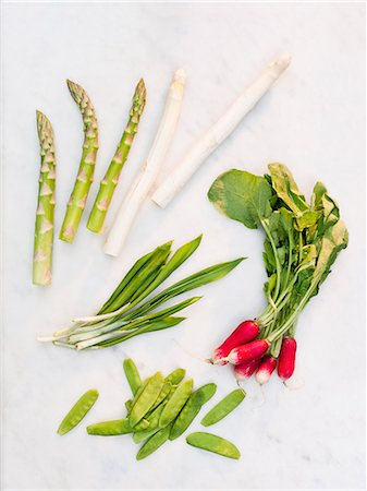 Vegetables on white background Stock Photo - Premium Royalty-Free, Code: 6102-08001395