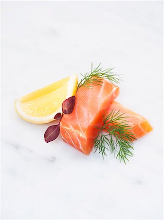 stockholm - Salmon and lemon on white background Stock Photo - Premium Royalty-Free, Code: 6102-08001396