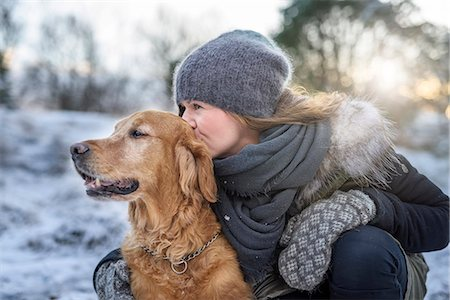 dog and woman and love - Woman with dog Stock Photo - Premium Royalty-Free, Code: 6102-08184093