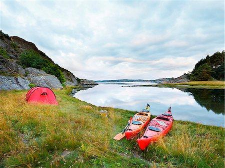 Canoes at sea Stock Photo - Premium Royalty-Free, Code: 6102-08271650