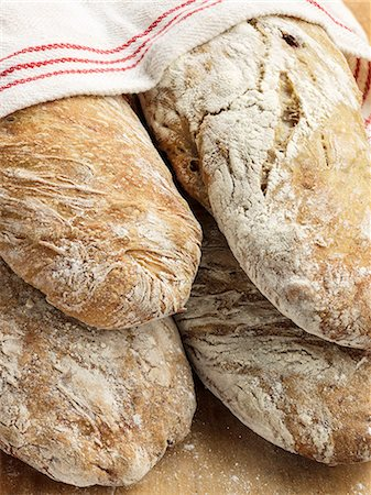 detail - Bread loafs Stock Photo - Premium Royalty-Free, Code: 6102-08271764