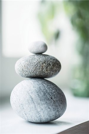 Stack of pebbles Stock Photo - Premium Royalty-Free, Code: 6102-08271788