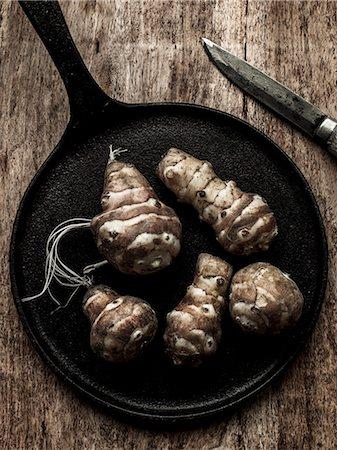 detail - Vegetables on iron pan Stock Photo - Premium Royalty-Free, Code: 6102-08278832