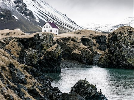 House on rocky coast Stock Photo - Premium Royalty-Free, Code: 6102-08278961