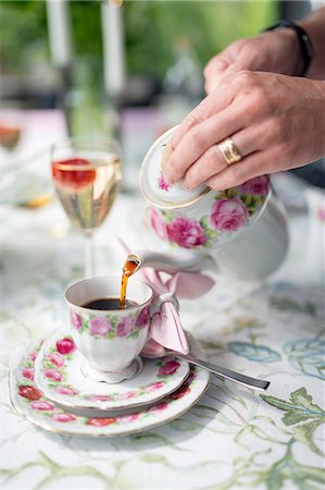 pouring - Tea break Stock Photo - Premium Royalty-Free, Code: 6102-08481094