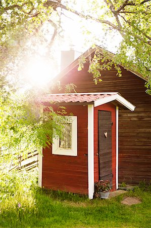 Outhouse of summer cottage Stock Photo - Premium Royalty-Free, Code: 6102-08559079