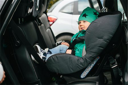 Baby boy in car seat Stock Photo - Premium Royalty-Free, Code: 6102-08566806