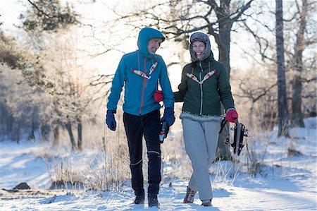 Couple walking Stock Photo - Premium Royalty-Free, Code: 6102-08520961
