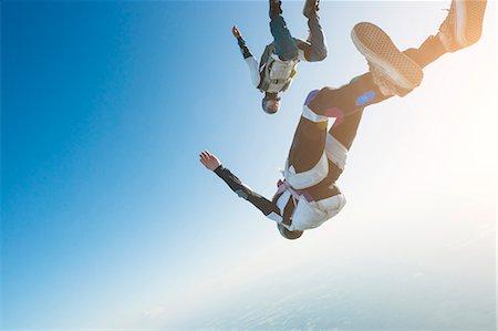 Skydivers Stock Photo - Premium Royalty-Free, Code: 6102-08726900