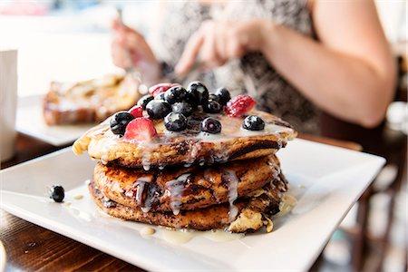 restaurant new york manhattan - Pancakes Stock Photo - Premium Royalty-Free, Code: 6102-08885189