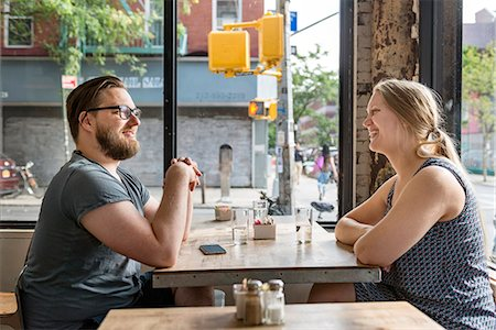 restaurant new york manhattan - Young couple in cafe Stock Photo - Premium Royalty-Free, Code: 6102-08885192