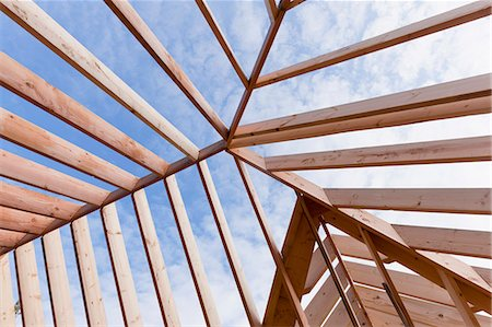 estructura - Detail of roof rafter structure Foto de stock - Sin royalties Premium, Código: 6105-06702849
