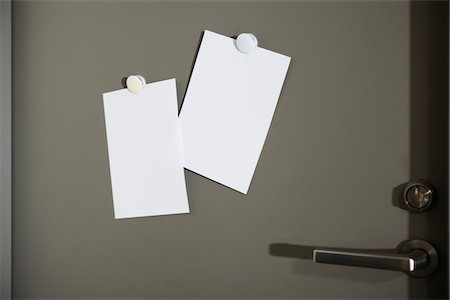 blank concept,memo pasted on the door Stock Photo - Premium Royalty-Free, Code: 6106-05393633