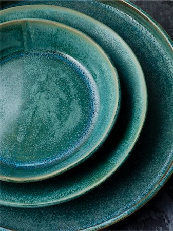 blue dinnerware Stock Photo - Premium Royalty-Free, Code: 6106-05394925