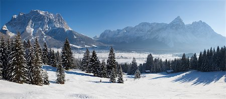 panoramic winter scene - winter in tirol - lermoos Stock Photo - Premium Royalty-Free, Code: 6106-05441741